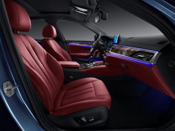 宝马稿件:入门≠毛坯,2018款全新BMW525Li树立入门新标杆744