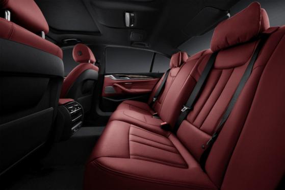 宝马稿件:入门≠毛坯,2018款全新BMW525Li树立入门新标杆926
