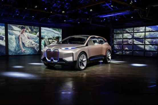 新一轮设计突破 宝马亮相2018洛杉矶国际车展1165