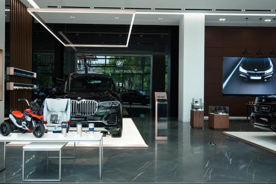 正式开放 BMW福建首家旗舰体验中心——厦门星德宝655
