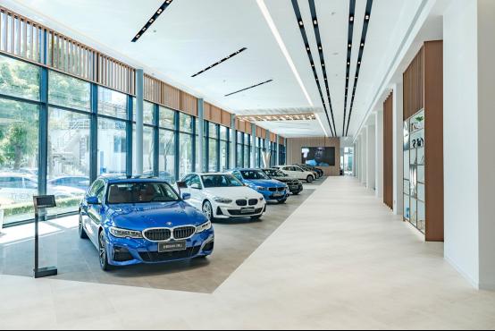 正式开放 BMW福建首家旗舰体验中心——厦门星德宝439