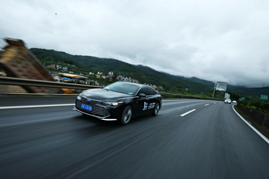 2,【30秒懂车】云贵高原奔袭1000公里 用心感受一汽丰田双擎的魅力(2)1119